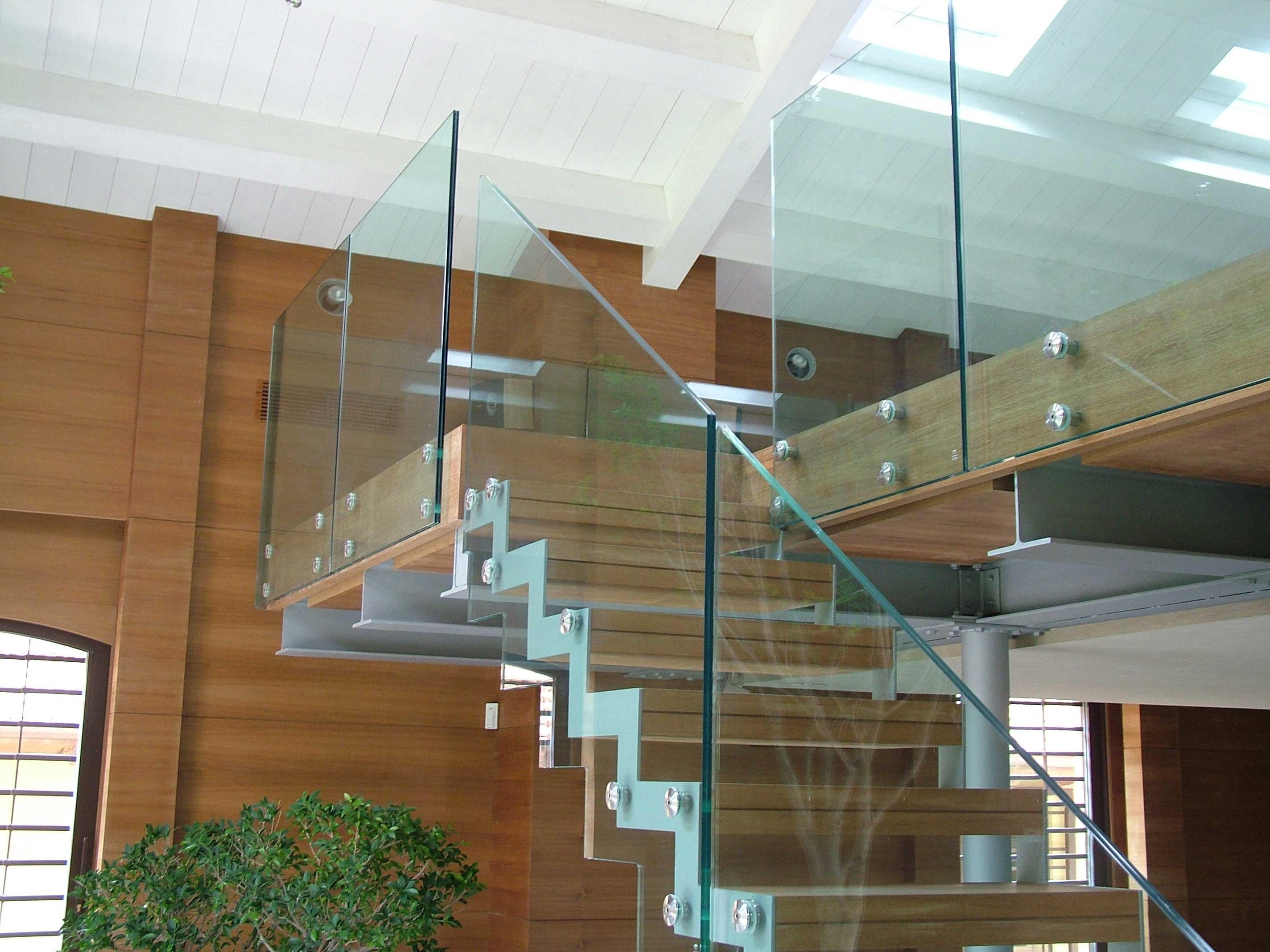 Картинки по запросу Лестницы и лестничные ограждения из нерж. стали и стекла