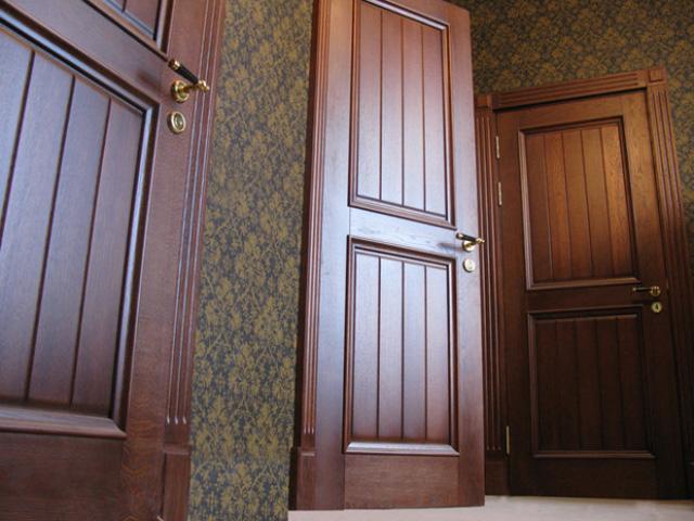 установка входные дубовые двери в москве