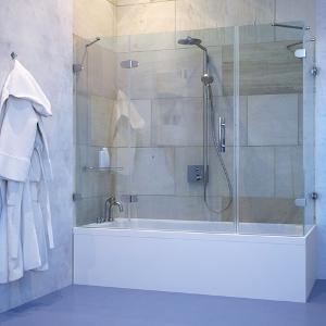 Стеклянные шторки для ванной под заказ
